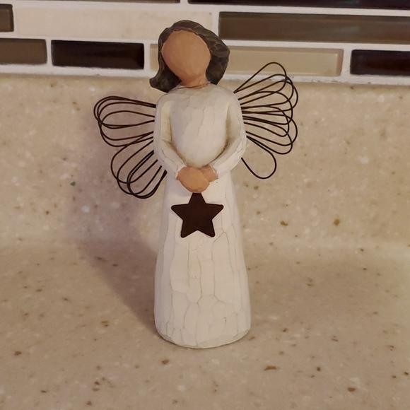 Willow tree Angel of Light figurine